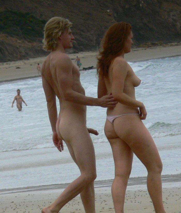 Голые на пляже