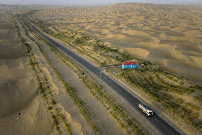 Самое длинное шоссе через пустыню