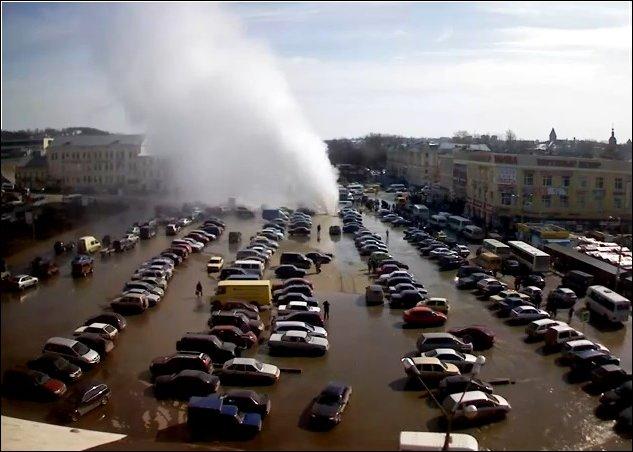 Прорыв трубы в Смоленске