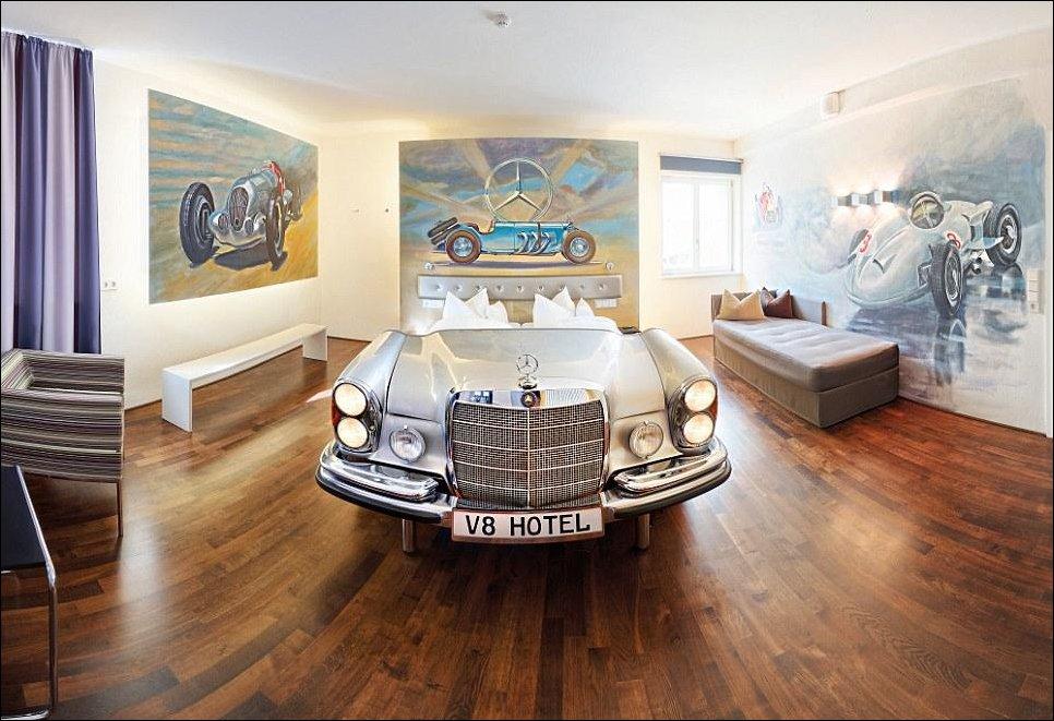 Кровать-автомобиль