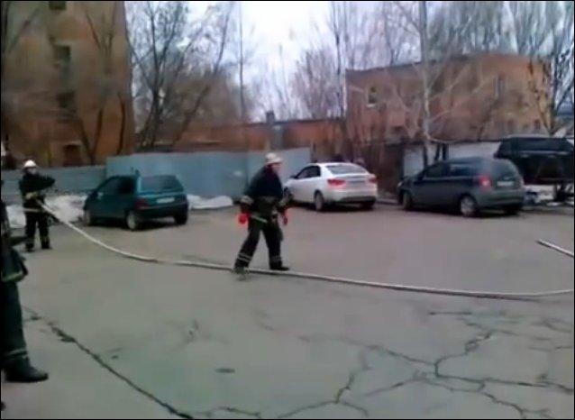 Веселые пожарные