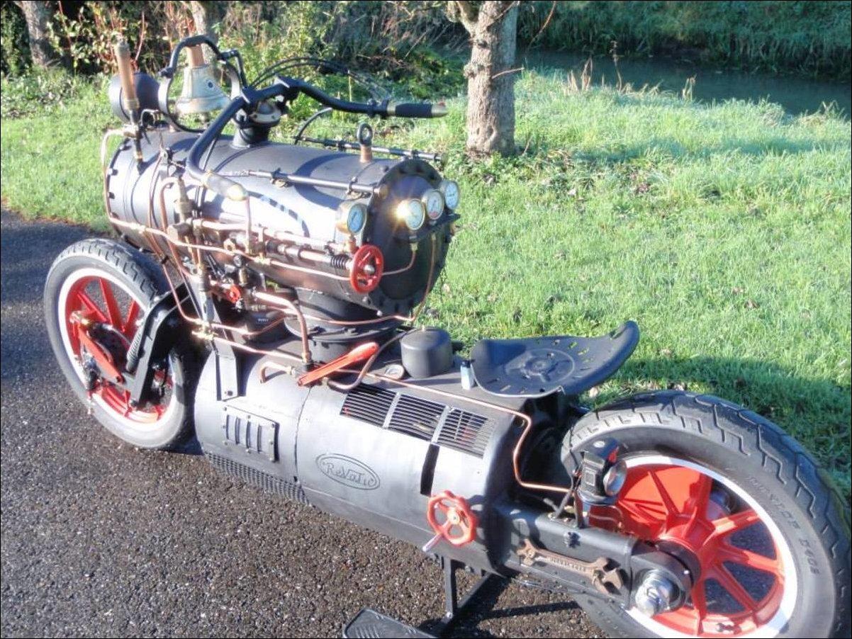 Паровой мотоцикл Черная Жемчужина