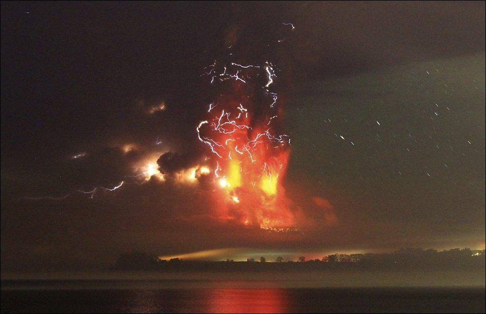 Вулкан Кальбуко - извержение в Чили