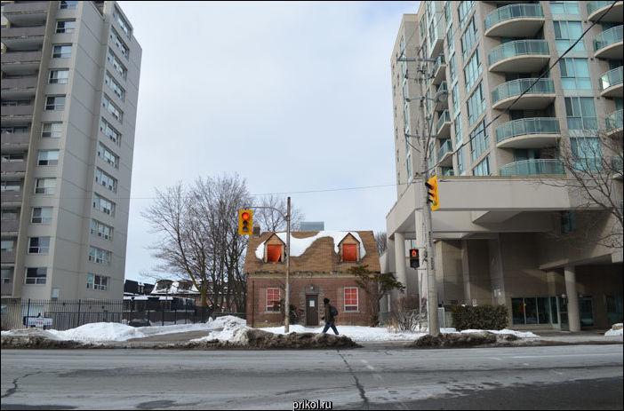 Трансформаторная будка в Торонто