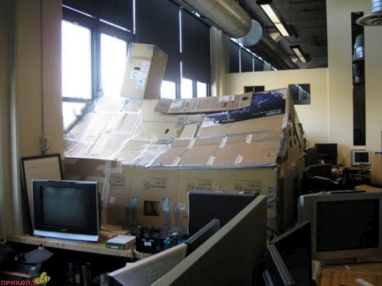 kabinet-iz-kartona-01