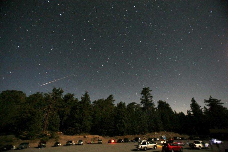 perseid-meteor-shower-01