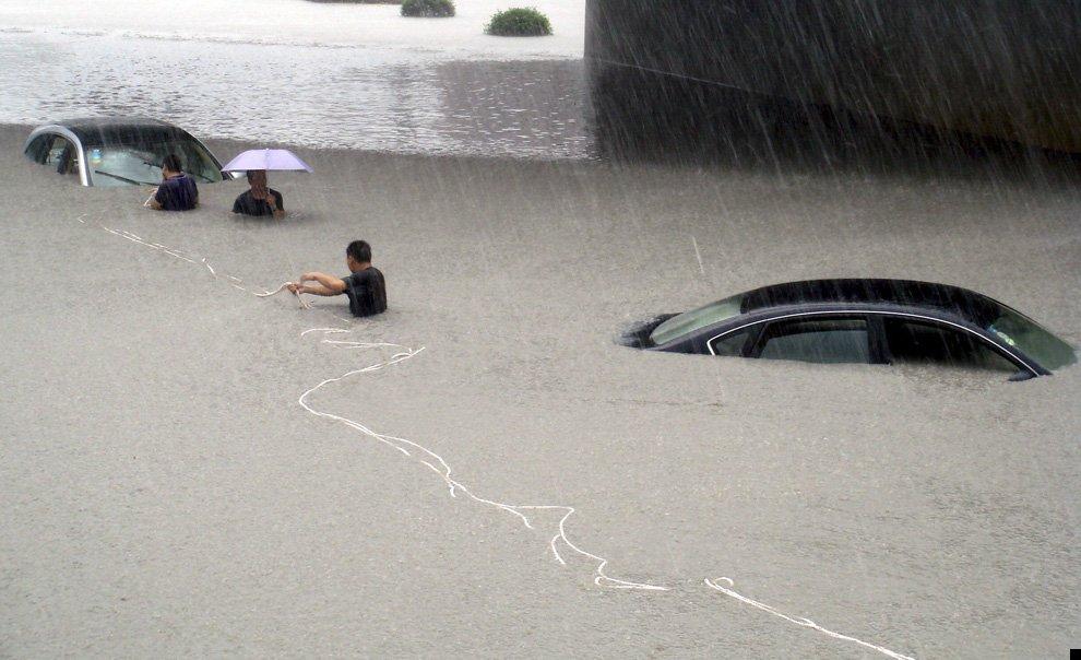 typhoon-morakot-27