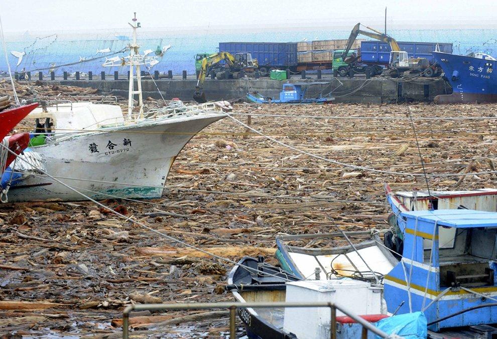 typhoon-morakot-28