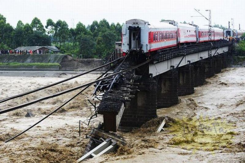 china-train-03