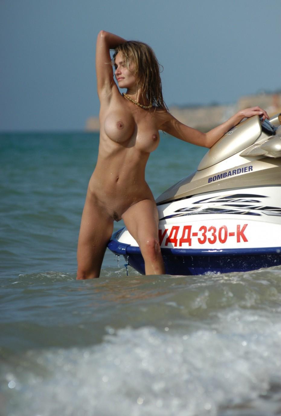 Фото секса на водном скутере фото 590-938