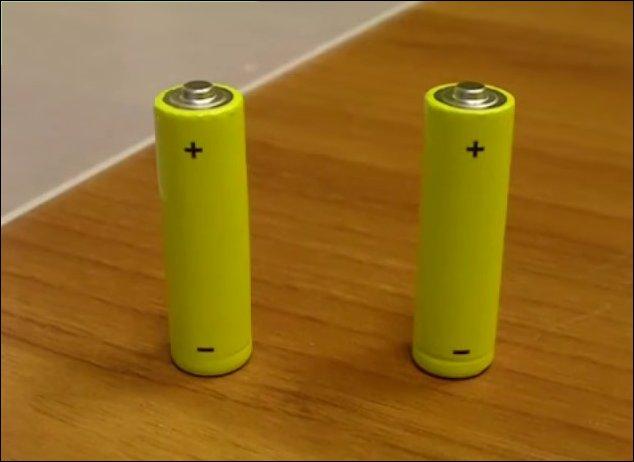 Самый простой способ проверить заряд батарейки