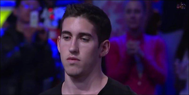 Чувак выиграл 15 милионов - ни один мускул на лице не дрогнул