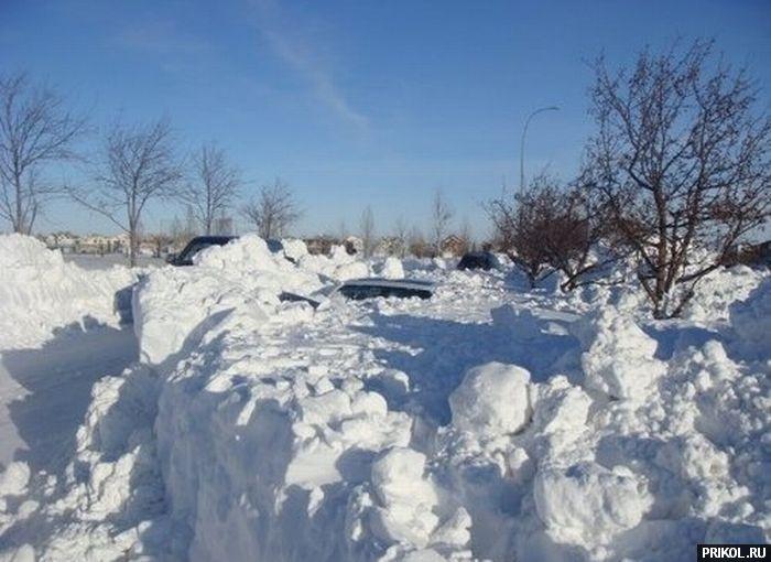 car-under-snow-03