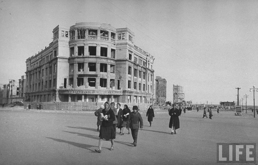 stalingrad-1947-04