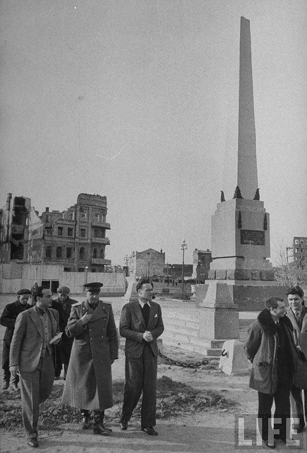 stalingrad-1947-08