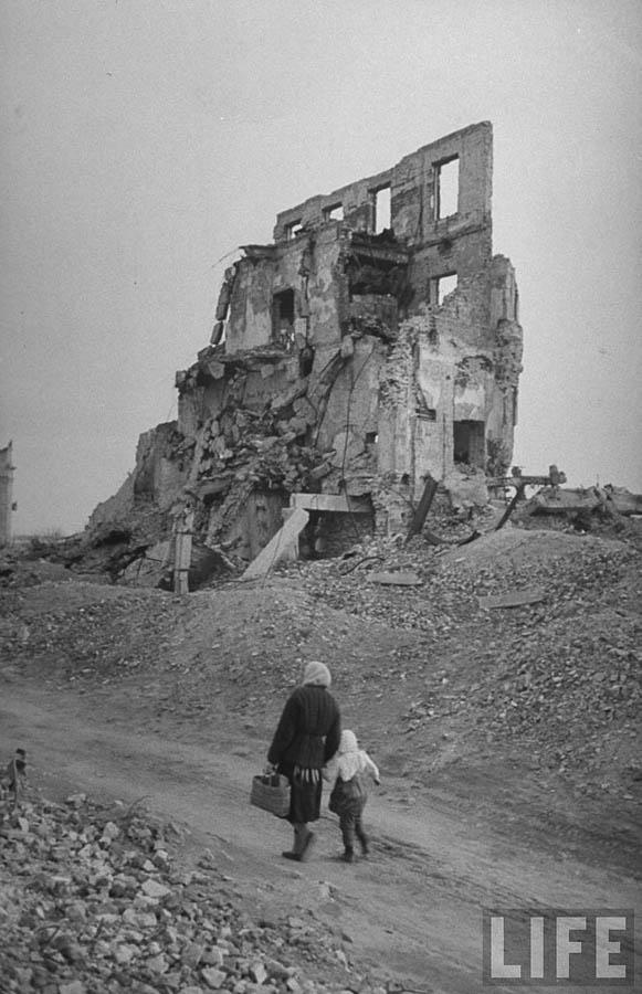 stalingrad-1947-12