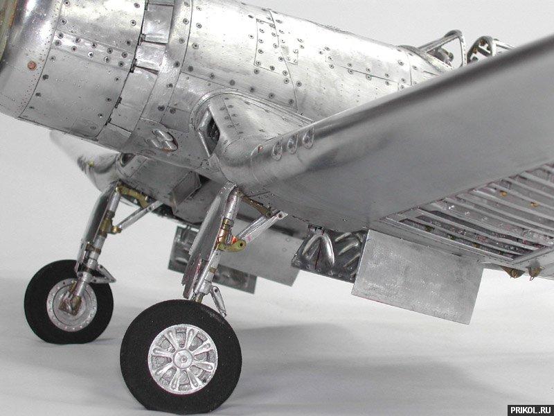 young-c-park-plane-model-11