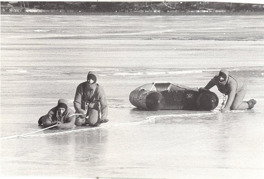 Картинки провалившегося под лед