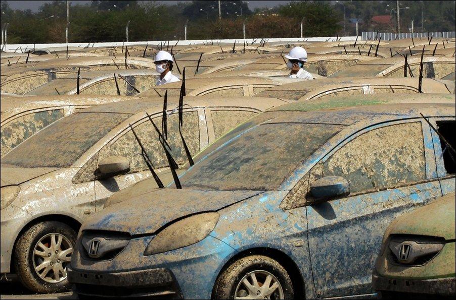 Honda уничтожает утопленные автомобили