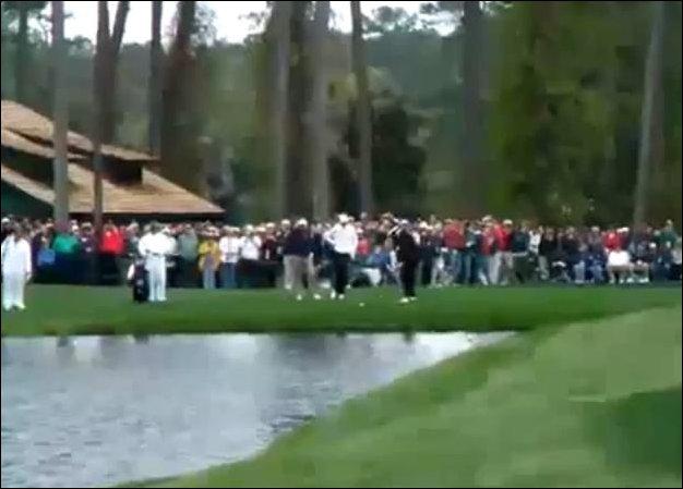 Невероятный удар в гольф