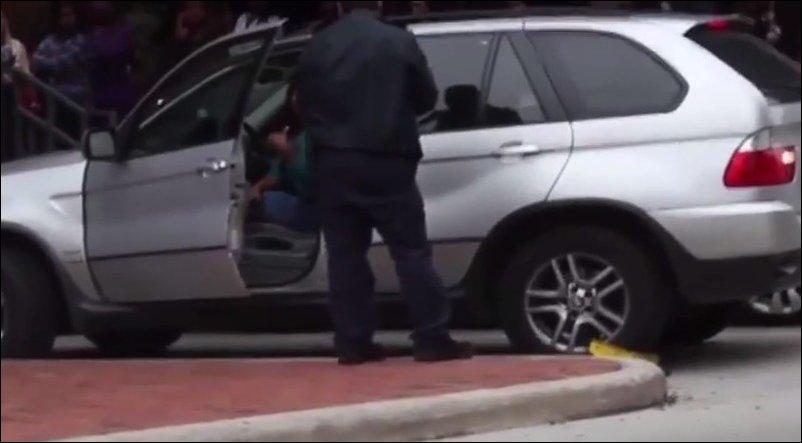 Дамочка на BMW