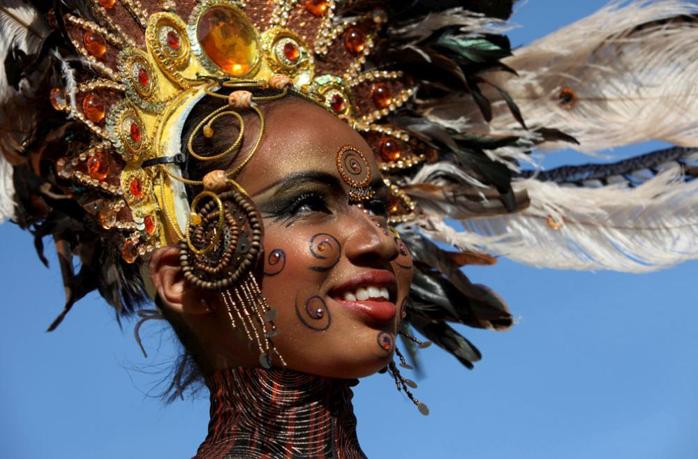 Фото с карнавала в Рио Де Жанейро 2010 Ярко, как всегда.