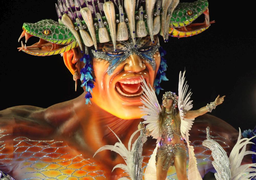 rio-de-janeiro-carnival-2010-06