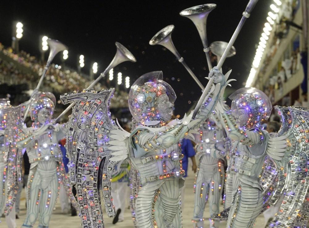 rio-de-janeiro-carnival-2010-14