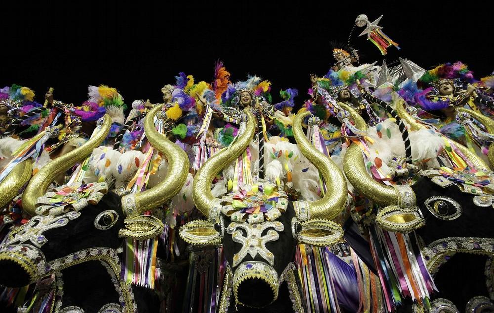 rio-de-janeiro-carnival-2010-21