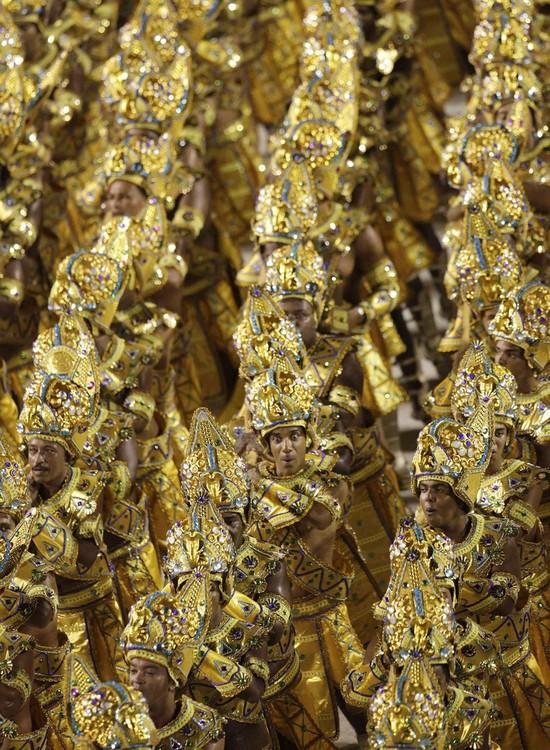 rio-de-janeiro-carnival-2010-26
