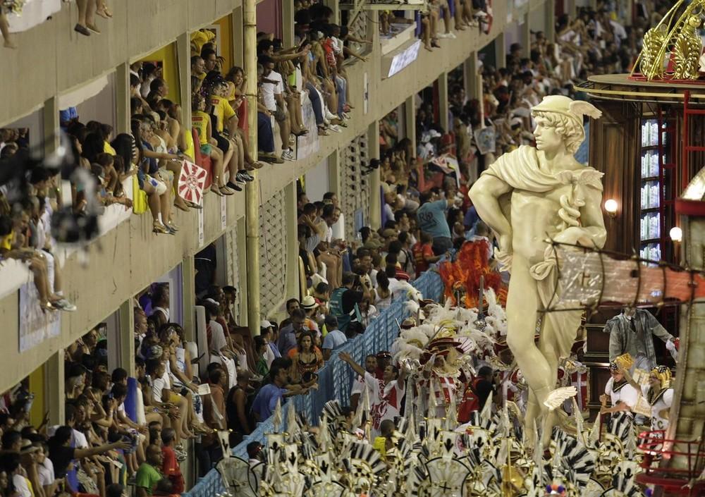 rio-de-janeiro-carnival-2010-29