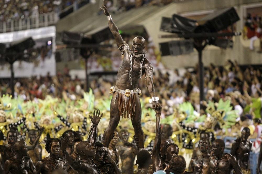 rio-de-janeiro-carnival-2010-32