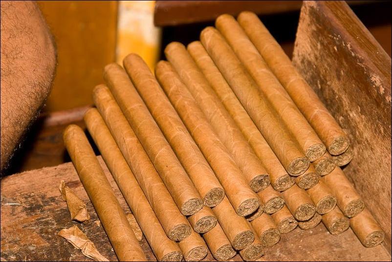 Торседор, гровер, дегустатор и многое другое с табаком