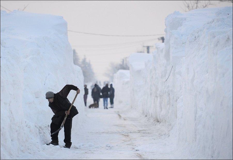 Снежные завалы в Румынии