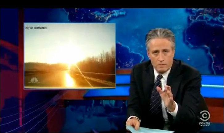 Джон Стюарт про Челябинский метеорит