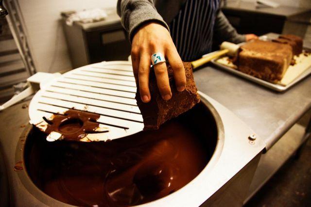 how-chocolate-made-44