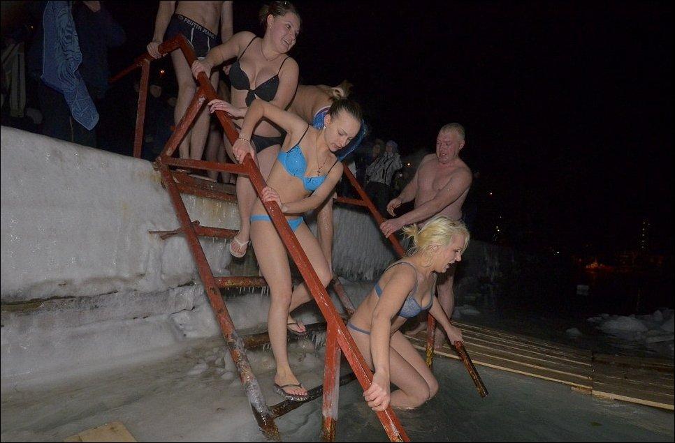 Крещенские купания 2012