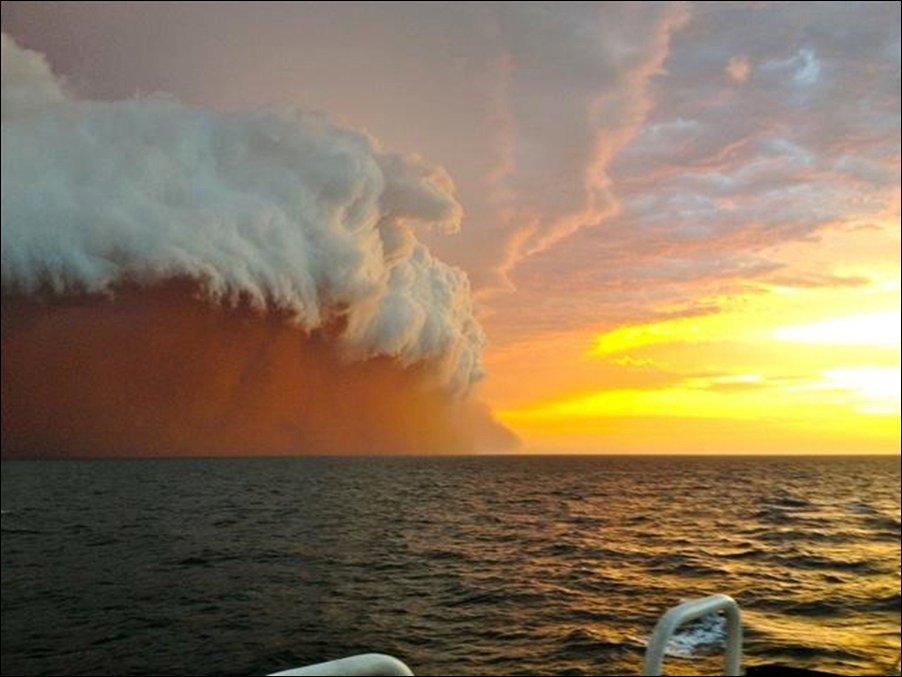 Пылевая буря