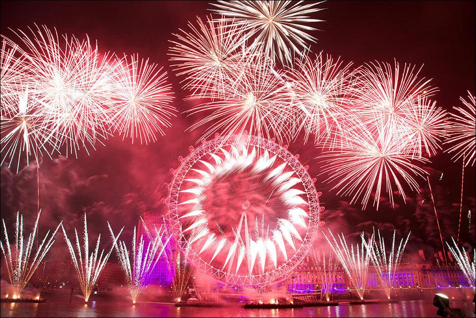 снимал празднование нового года с картинками поздравления уместно
