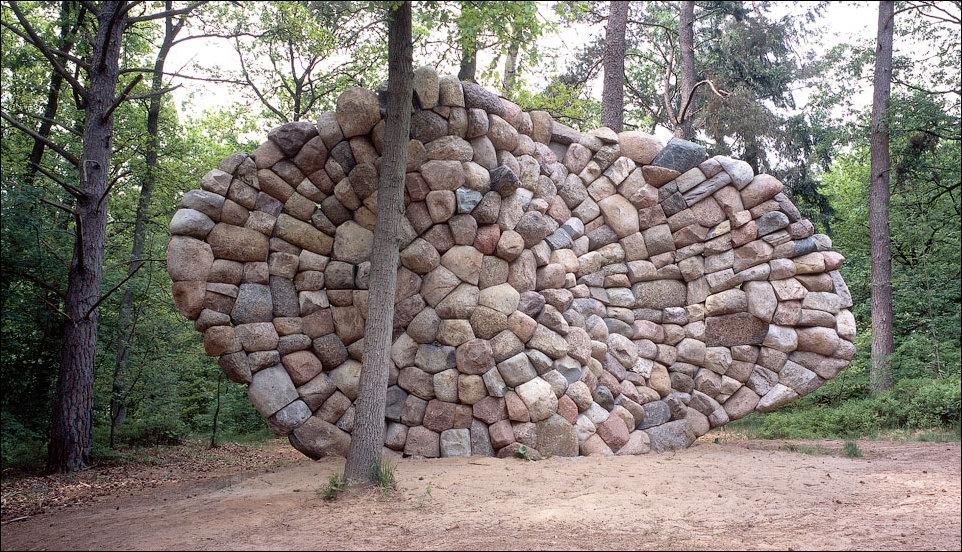 Скульптуры из камней