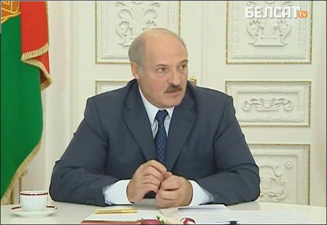 Лукашенко профессионально сменил тему разговора