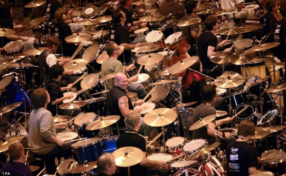 582-drummers-01