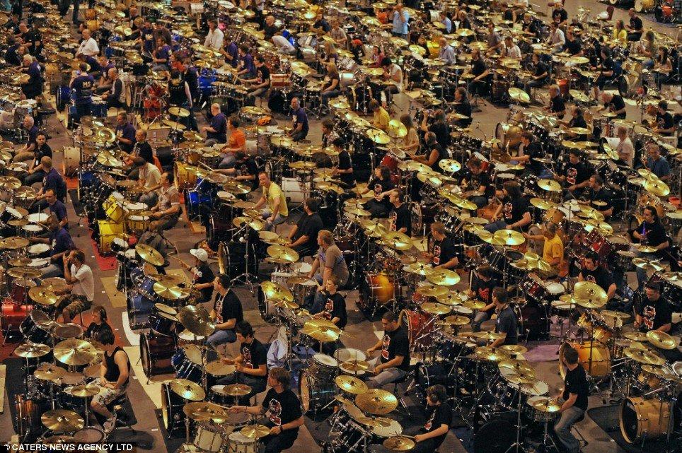 582-drummers-02
