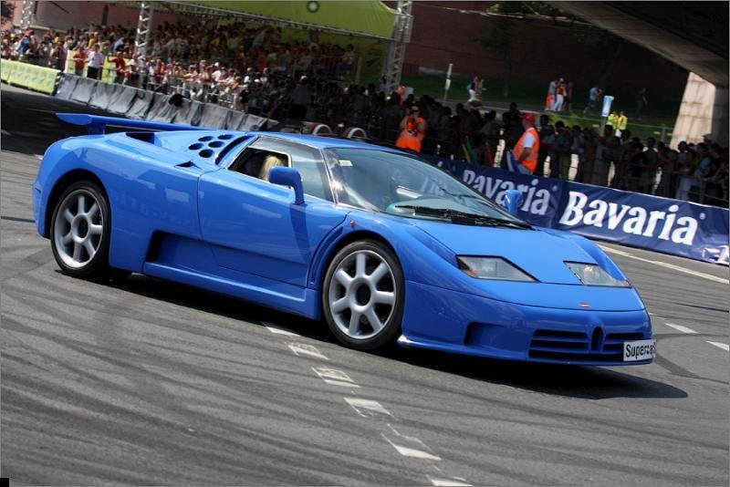 bugatti-crash-01