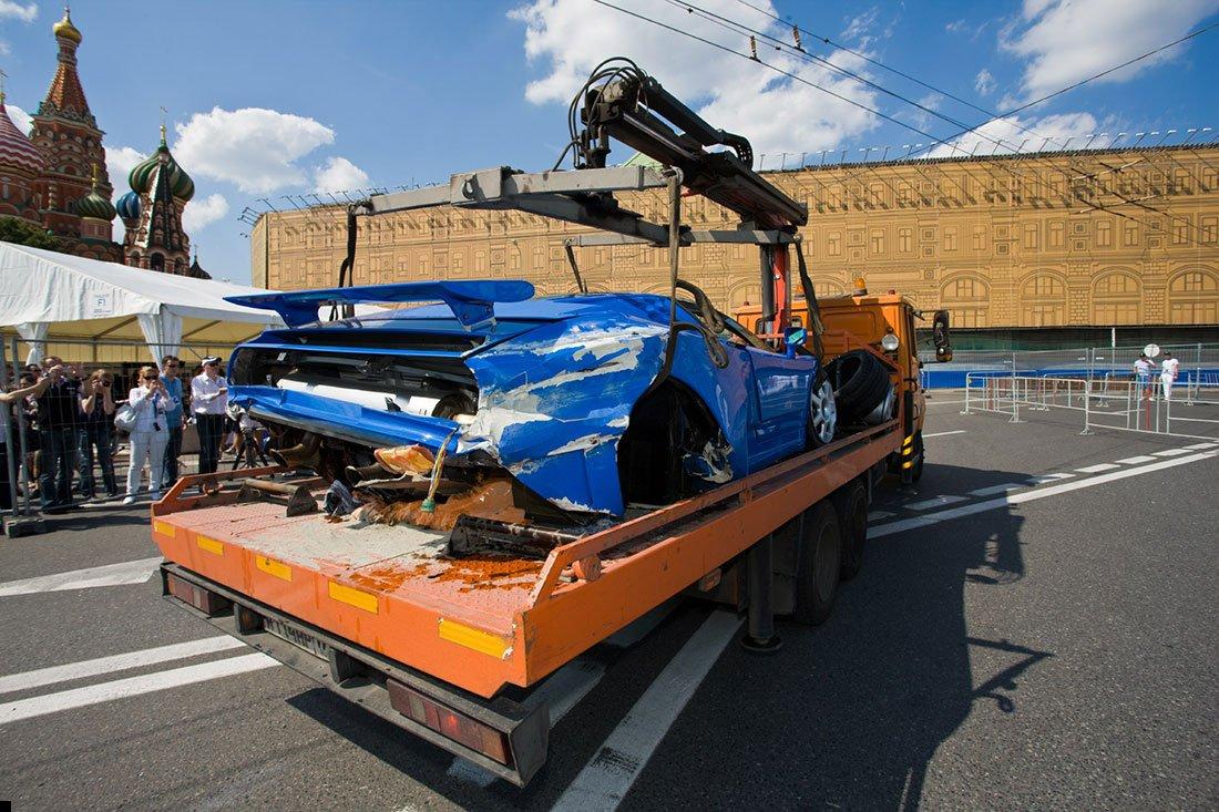 bugatti-crash-07