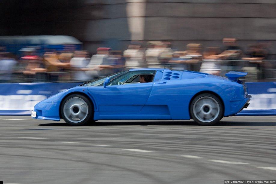 bugatti-crash-09