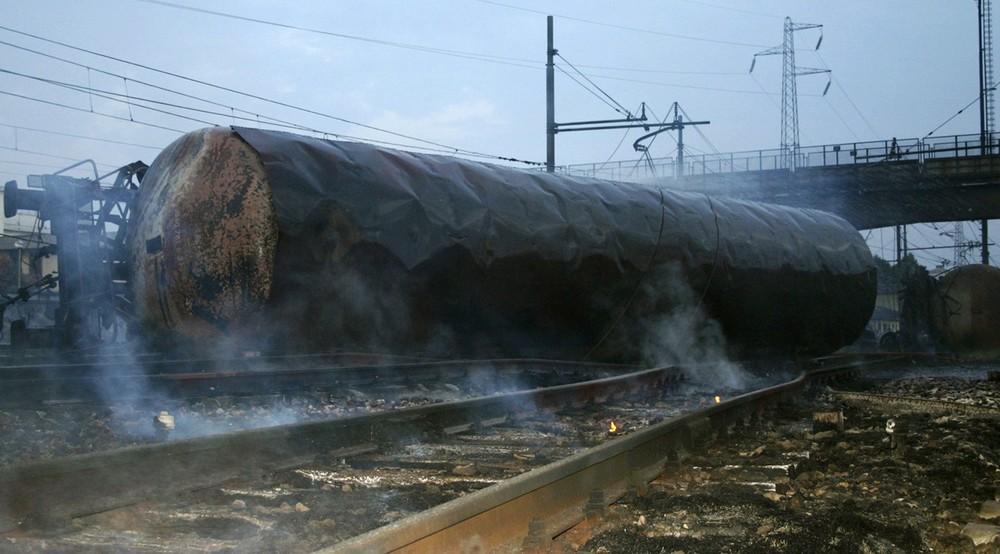 italy-train-crash-05