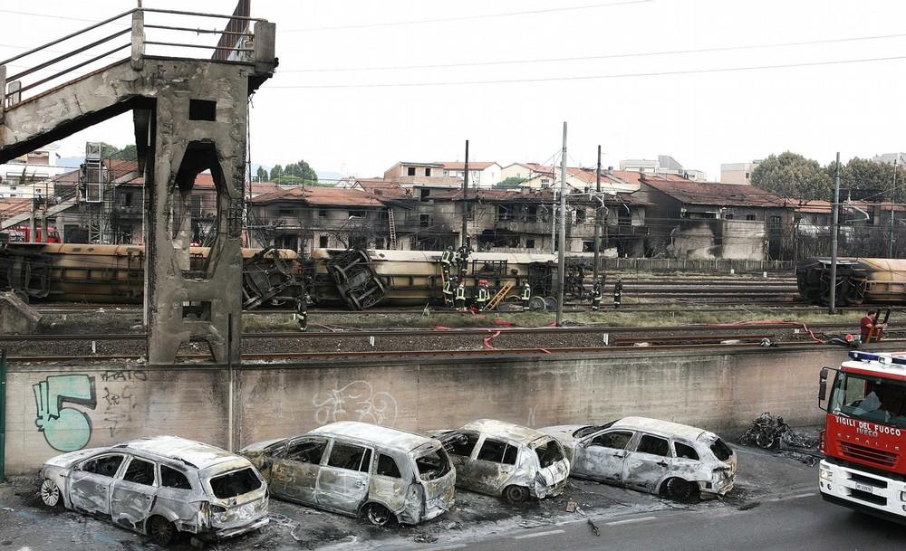 italy-train-crash-06