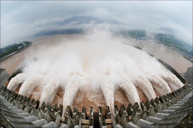 three-gorges-dam-01
