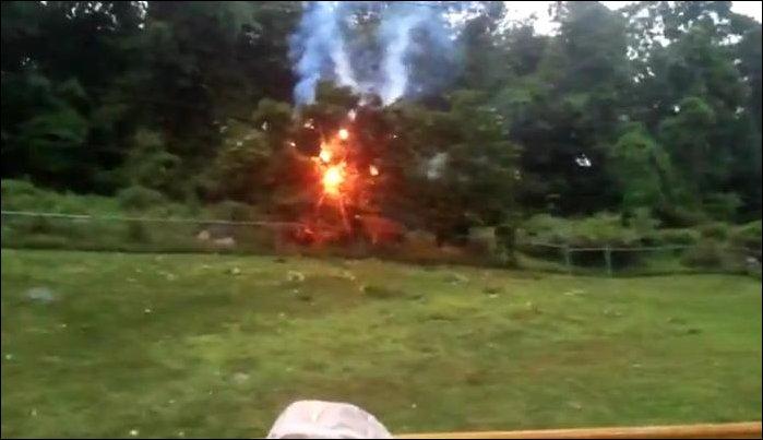Дерево упало на высоковольтную линию электропередач